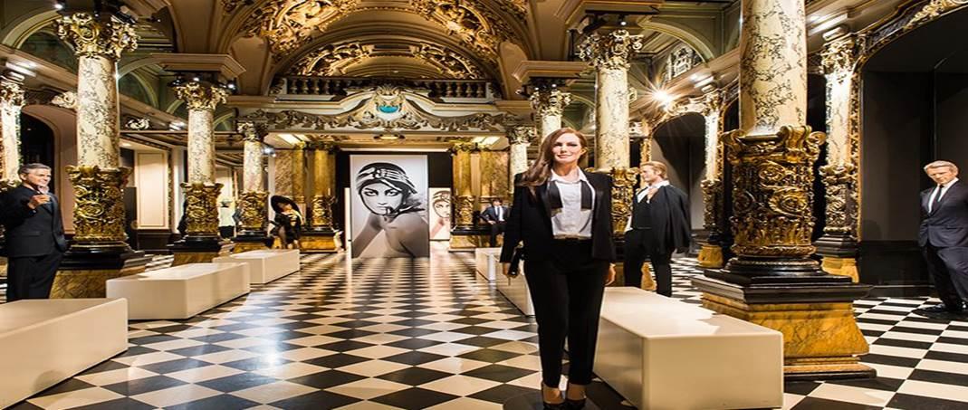 PARIS, MUSEE GREVIN ET BATEAUX PARISIENS